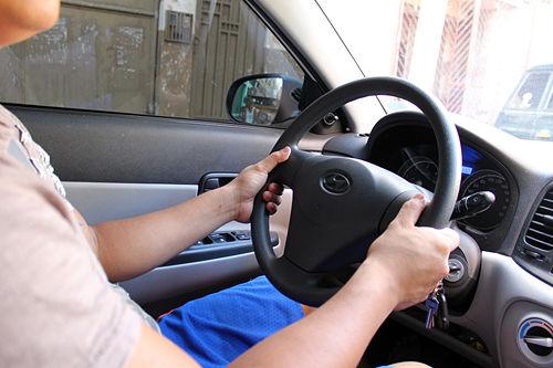 Как научиться ездить на механике-16.jpg